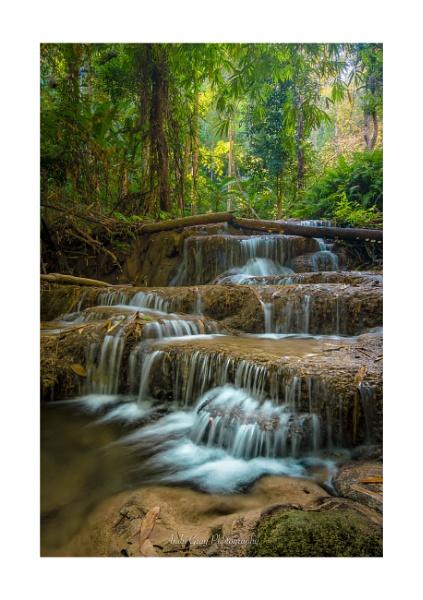 Pu Kaeng Waterfalls by Legend147