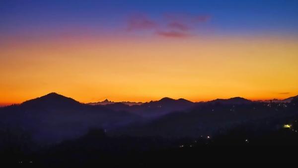 Sunset Glow by LoryC