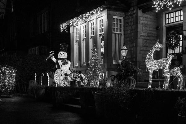 Festive image-festive lights by philstan