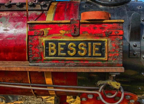 BESSIE by SOUL7