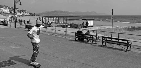 Skateboarder - Marine Parade, Lyme Regis by starckimages