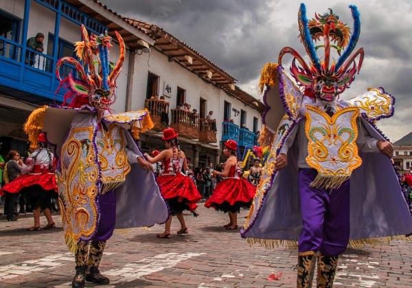 Festival in Cusco by bobbyl