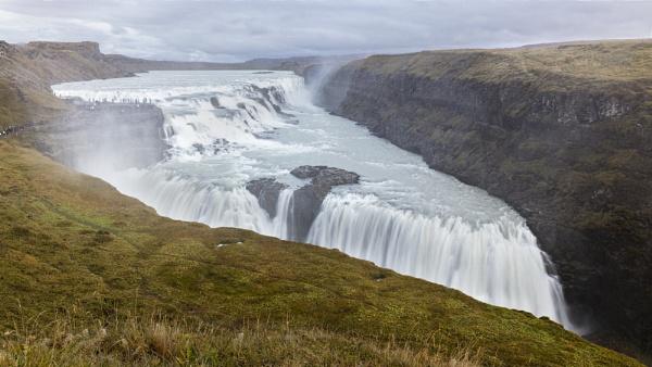 Gulfoss Waterfalls by pdunstan_Greymoon