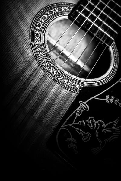 Guitar by deavilin