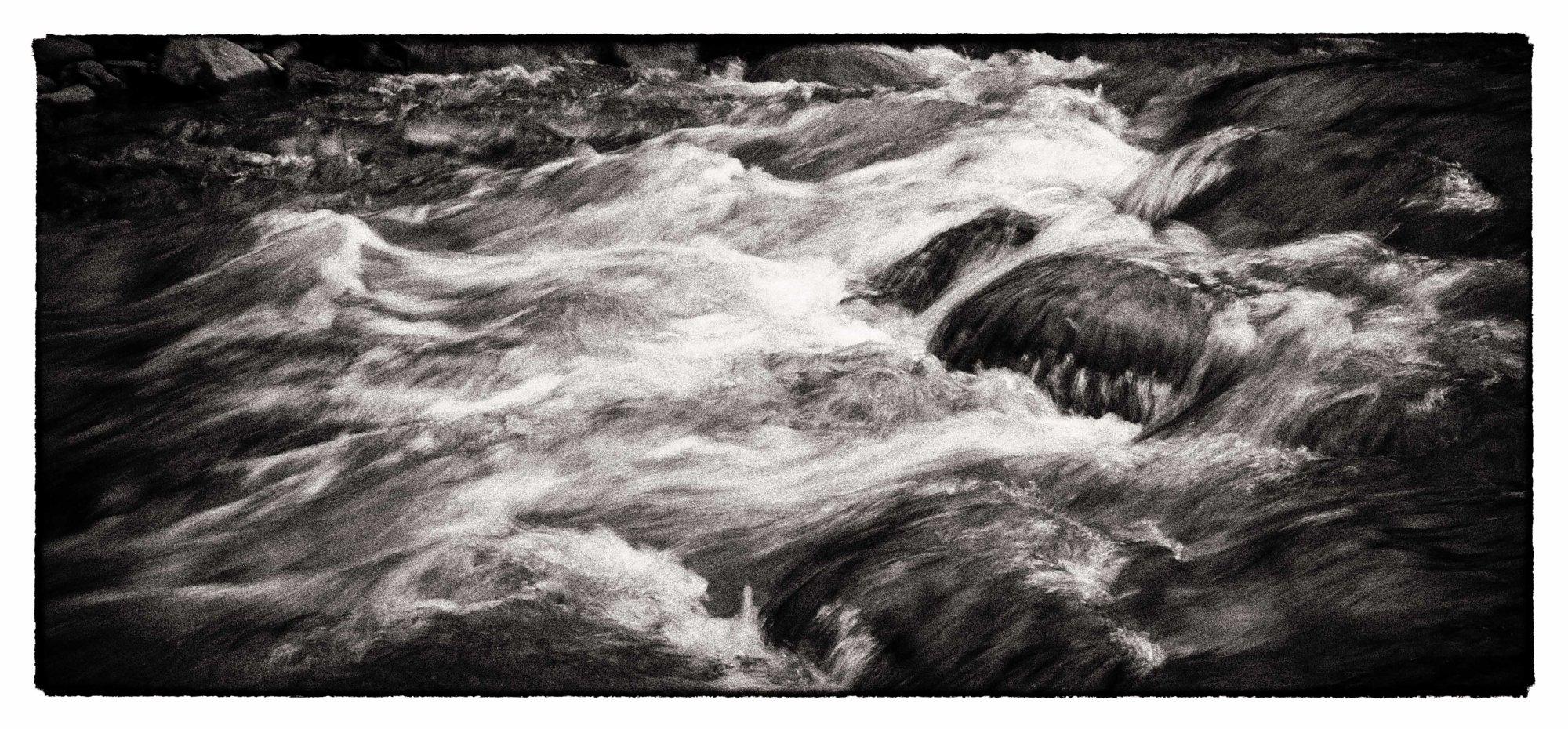 River flow in panoramic B&W
