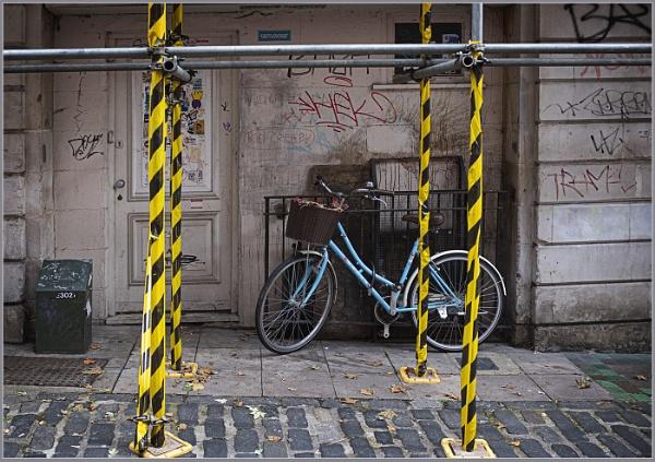 Bit of Blue, Bit of Yellow by AlfieK
