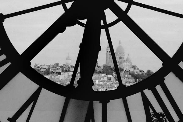 Sacre coeur, Paris from an alternative angle. by hsreid