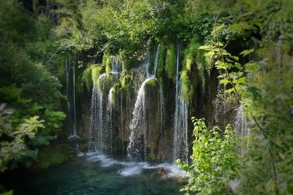 Waterfall by hsreid