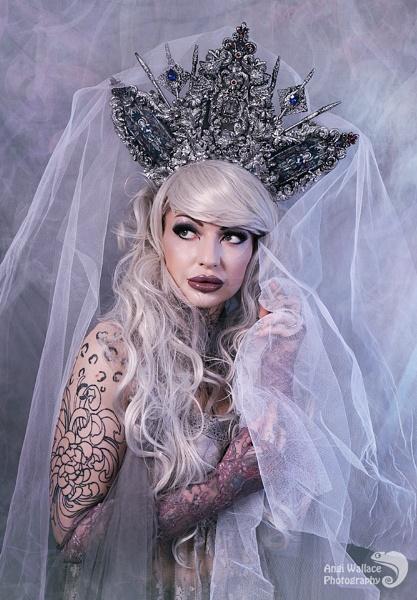Fantasy portrait by Angi_Wallace