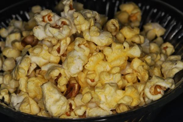 Popcorn by Merlin_k