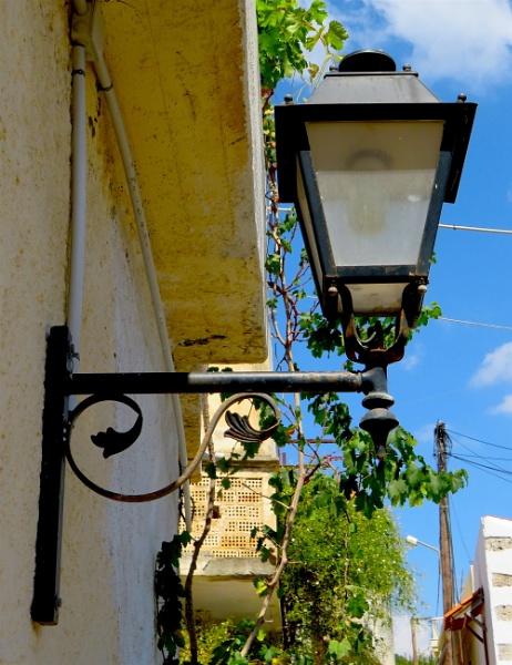 Lamp by ddolfelin
