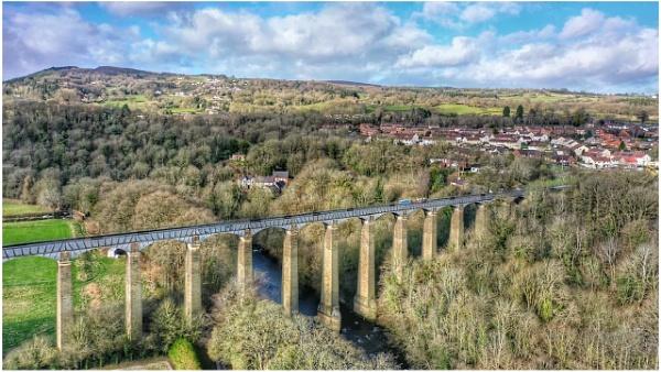 Pontcysyllte aqueduct by Stevetheroofer