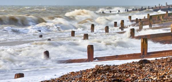 Crashing Waves by JJGEE
