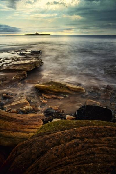 Low Hauxley Beach by mmart