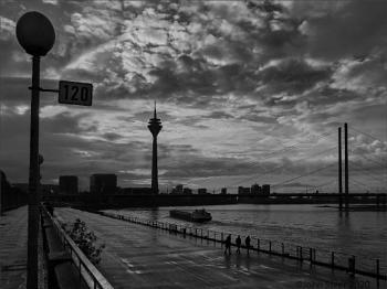 Lamp-post 120 - Dusseldorf