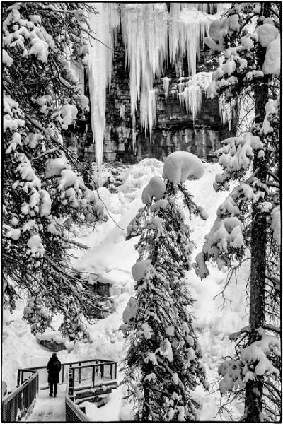 Upper Falls by Jasper87