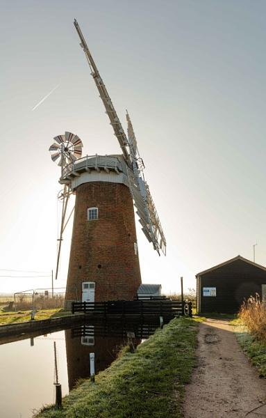 Horsey Mill by pdunstan_Greymoon