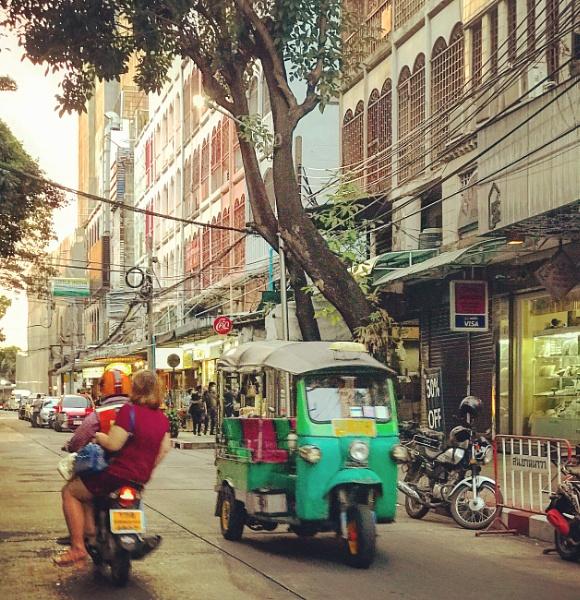 Bangkok street by jarmila