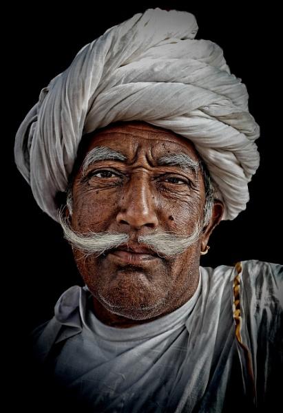 A merchant from Pushkar by sawsengee