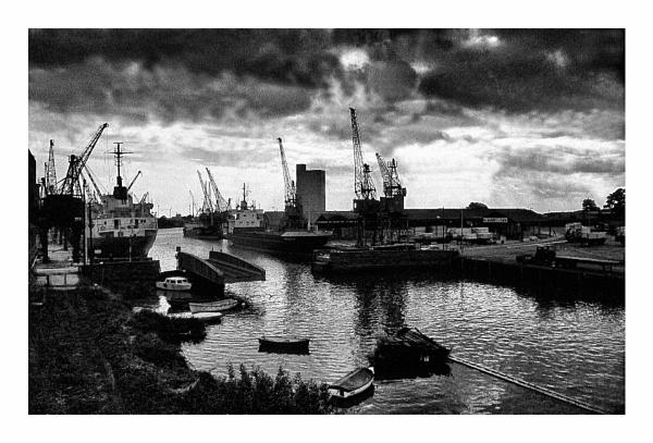 Docks by Lontano