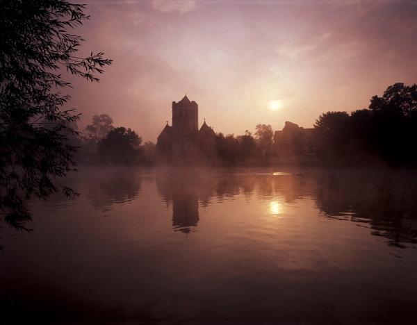 Sunrise, Bisham Church by trailguru