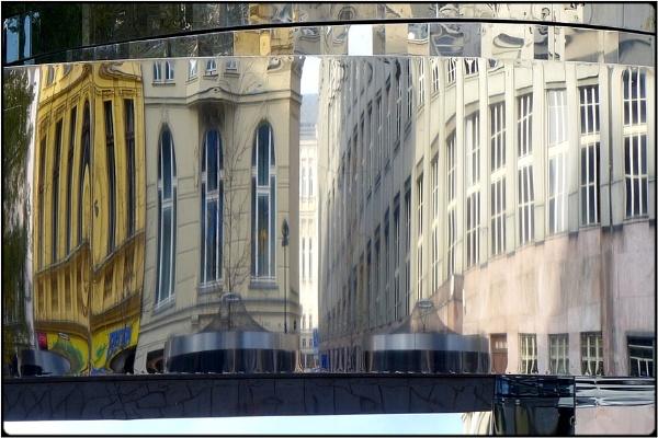 mirrorworld by FabioKeiner