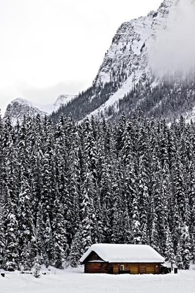 Cabin in the rockies by waltknox