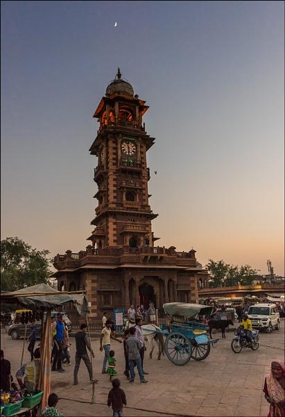 Evening at the Sadar Market by PhilScot