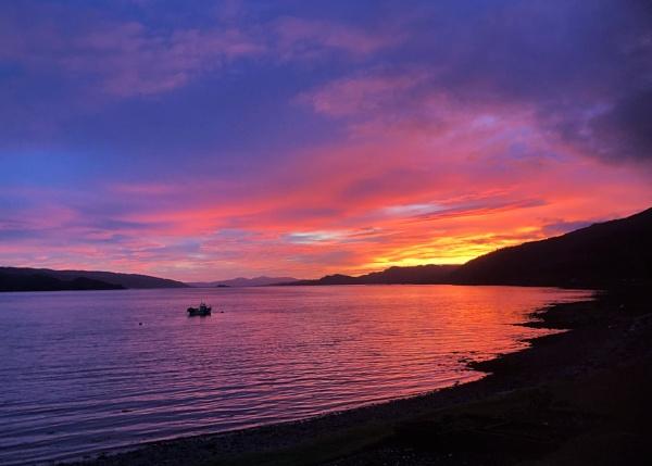 Sunset over Loch Fyne by zira