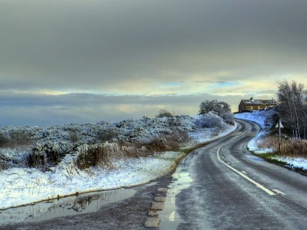 A Little Taste Of Winter by ianmoorcroft