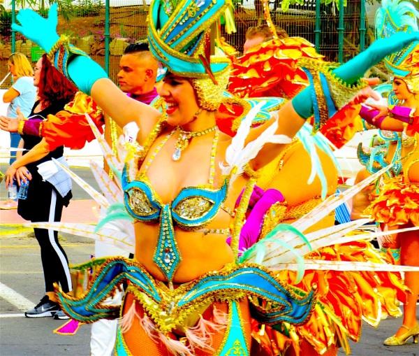 Carnival! by ddolfelin