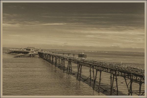 Birnbeck pier by tralfamadorean