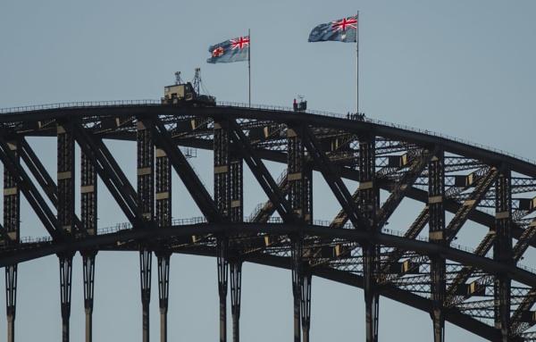 Sydney Harbour Bridge by Alain