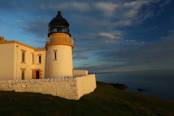 Scottish Lighthouse by mikekay
