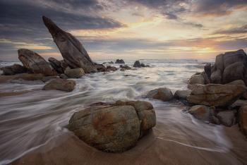 Sun Up / South China Sea