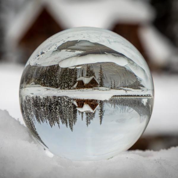 Snowball by Jasper87