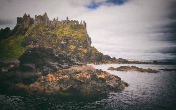 N.Ireland - Dunluce Castle by atenytom