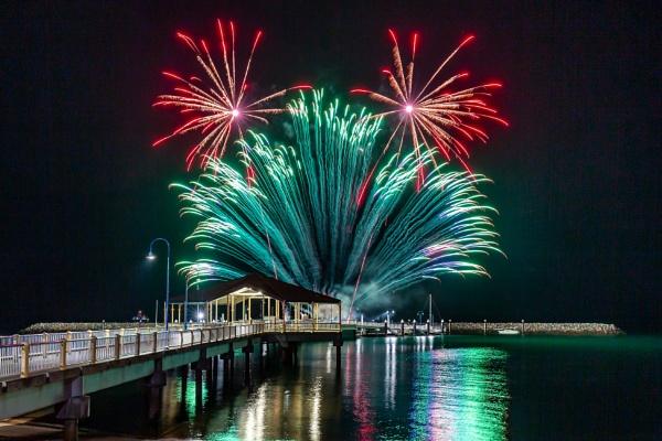 Jetty Fireworks by david1810