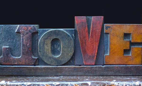 LOVE by FotoDen