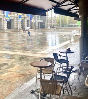 'It Never Rains In Western Australia ...'