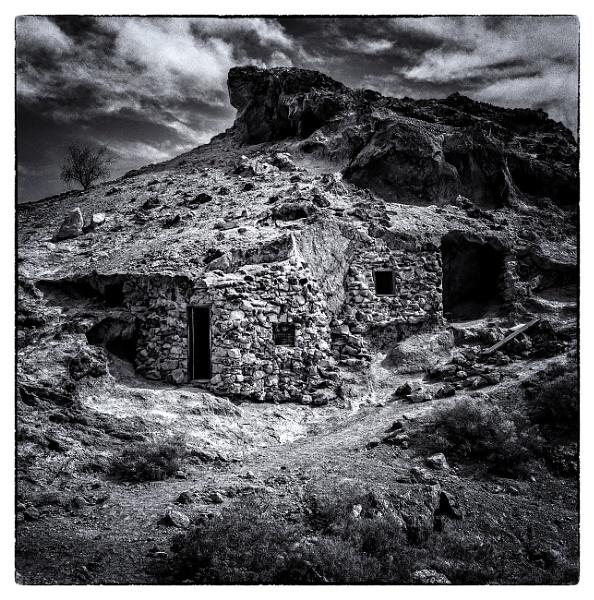 Stone Abode Arizona. by mickmarra