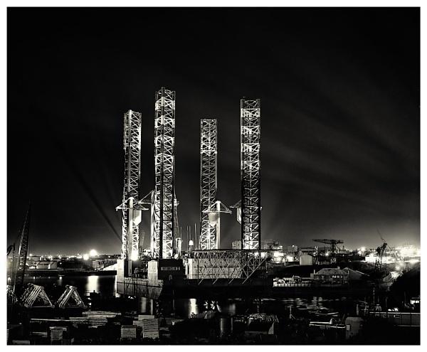 Night Shift. by mickmarra