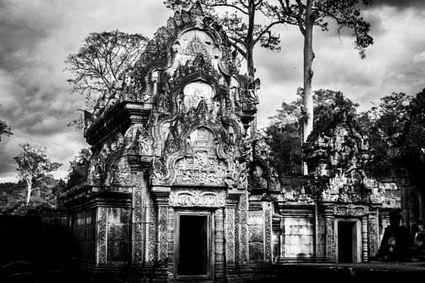 Angkor wat by bobbyl