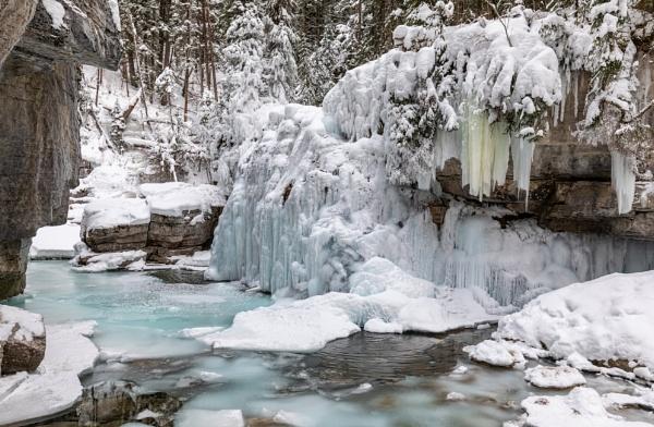 Ice, Ice, Baby.... by Jasper87
