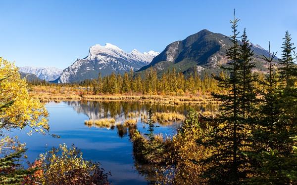 Vermilion Lakes by pdunstan_Greymoon