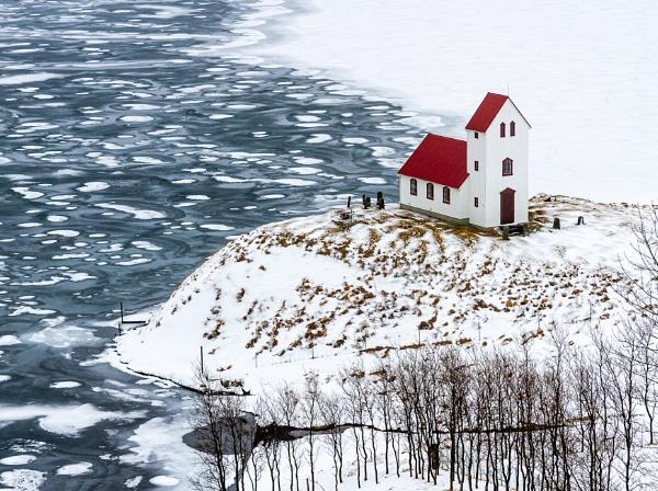 Church on a frozen hill by pdunstan_Greymoon