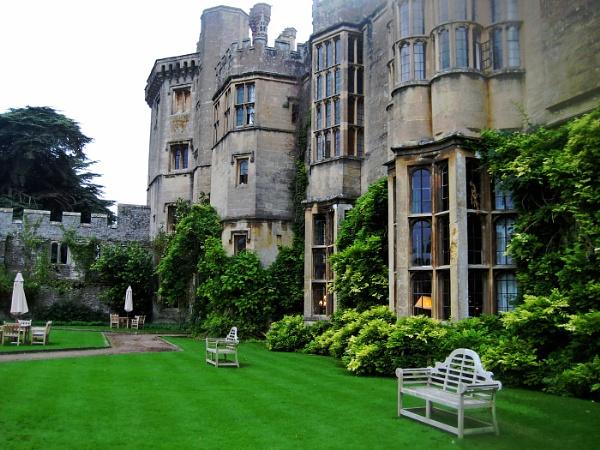 Thornbury Castle Gardens by Janetdinah