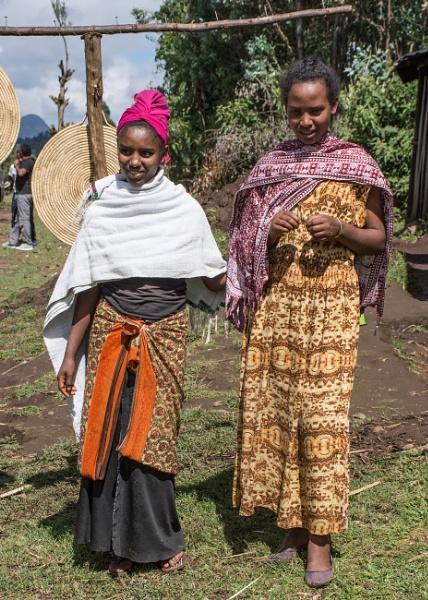 Roadside Market Sellers - N. Ethiopia by barryyoungnz