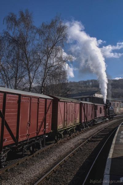 Goods Train by Alan_Baseley