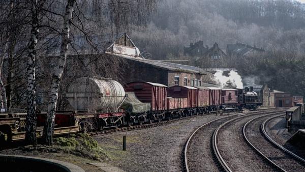 Goods Train 2 by Alan_Baseley